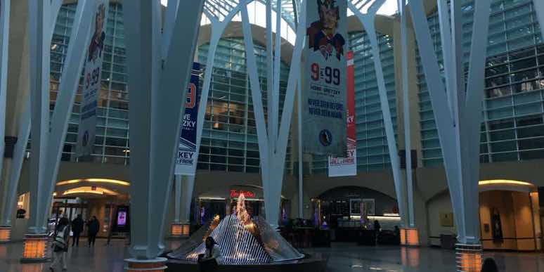 Canada-mall-atrium-toronto