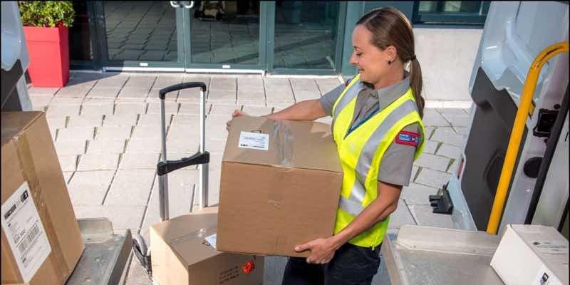 canada-post-boxes-van