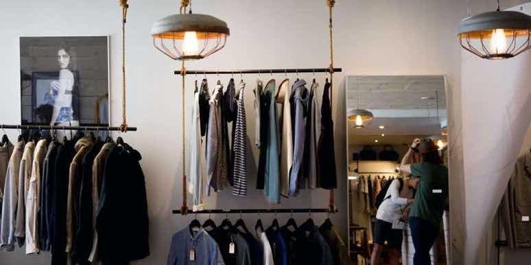 canada-toronto-clothing-store