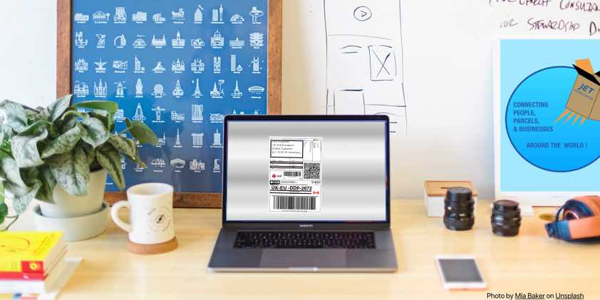 computer-e-commerce-online-desk