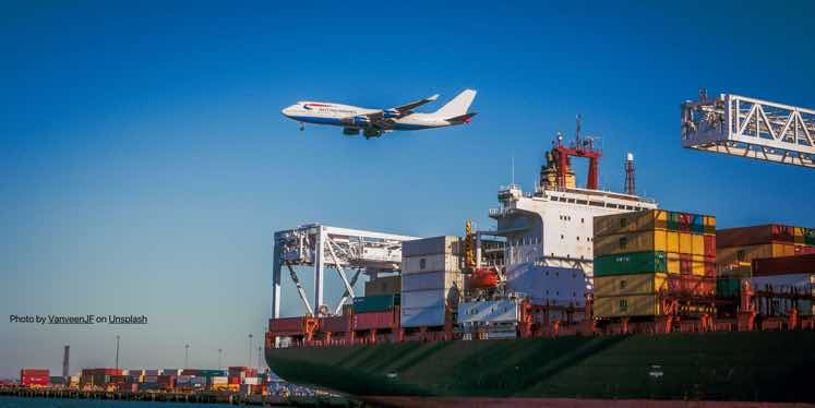 jet-airport-cargo-freight