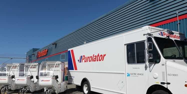 jet-purolator-Canada-van