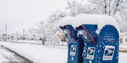 usps-post-snow-box