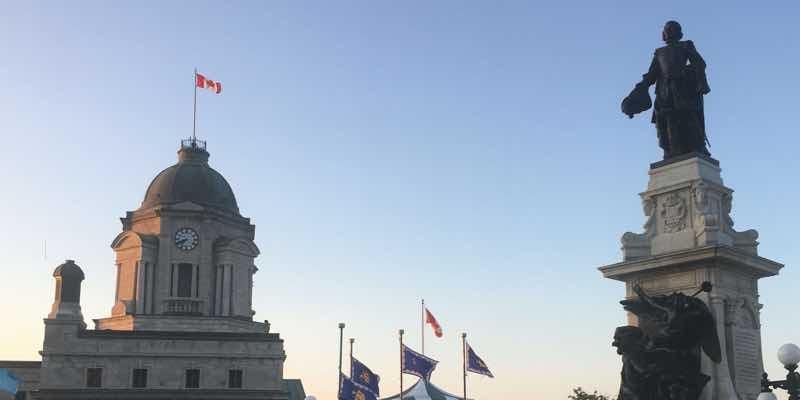canada-flag-monument-quebec-city