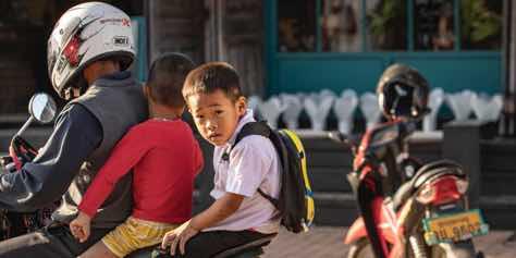 laos-motorcycle-transport